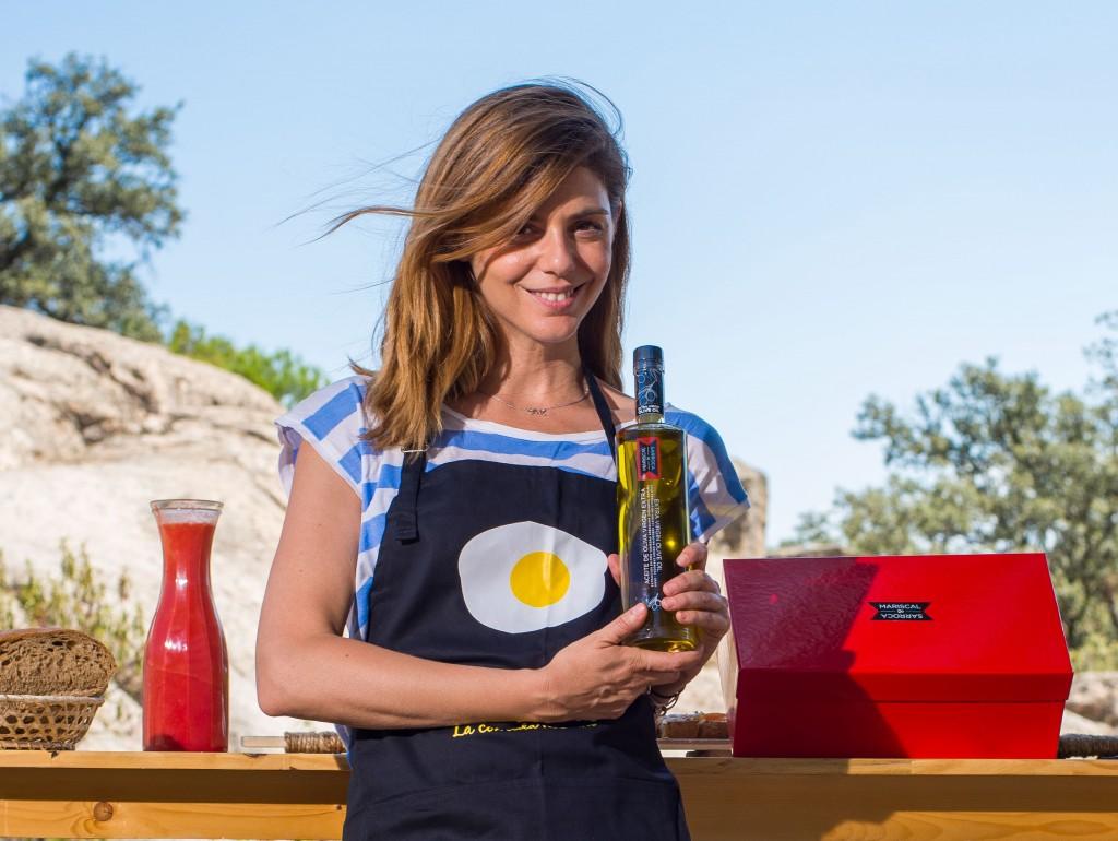 Manuela Velasco en canal cocina por Mariscal & Sarroca